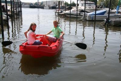 Plastový motorový člun Whaly 210
